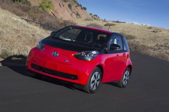 2013_scion_iq_ev_002-600-001