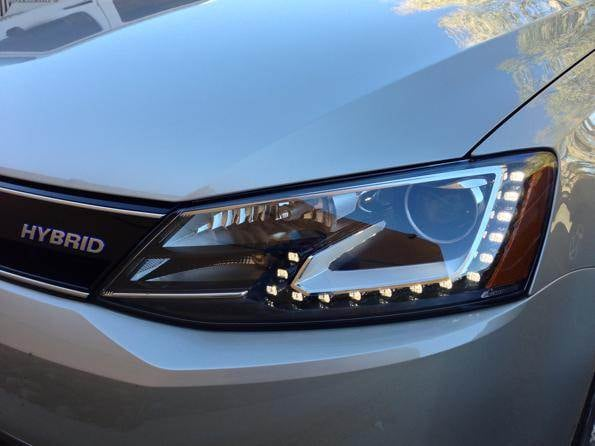 2013-vw-jetta-hybrid-headlight-600-001