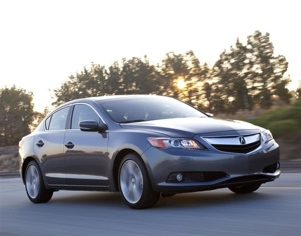 2014 Acura ILX Adds More Luxury Features, Opens At $27,795