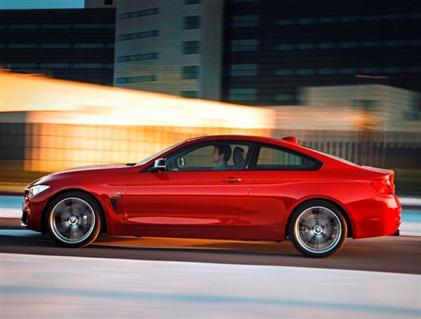 Kbb Weekend Bmw 4 Series Unveiled 4 Door Fiat Driven