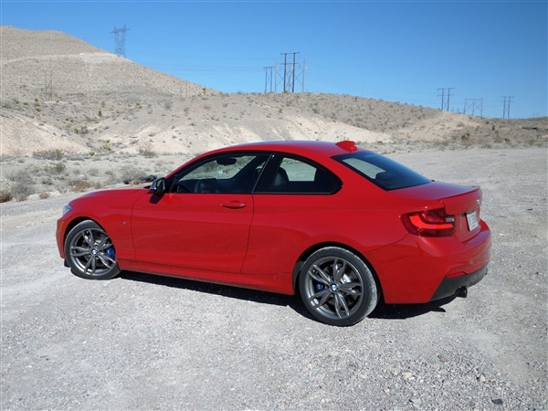 2014 bmw m 235i first drive stretching the definition of. Black Bedroom Furniture Sets. Home Design Ideas