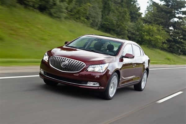 2014 Buick LaCrosse First Review: Positively Premium 8