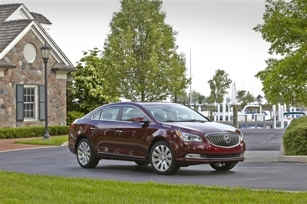 2014 Buick LaCrosse First Review: Positively Premium 6