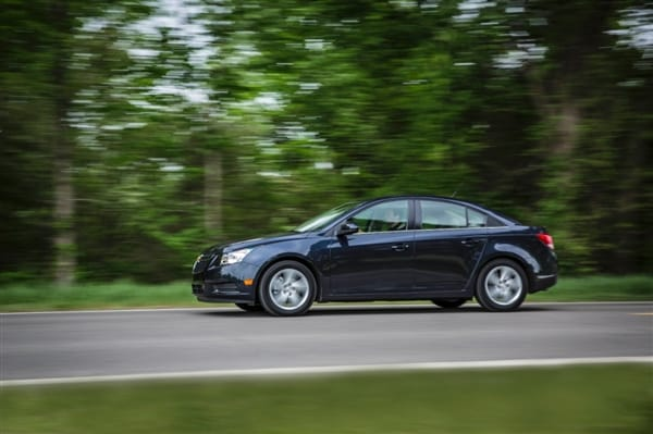 2014 Chevrolet Cruze Diesel First Review: A Chevy with a German Accent - Kelley Blue Book