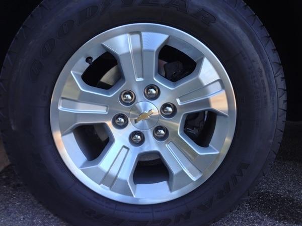 Editors' Page: 2015 Chevrolet Silverado 20