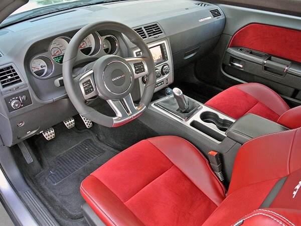 2014 Dodge Challenger SRT Quick Take 7