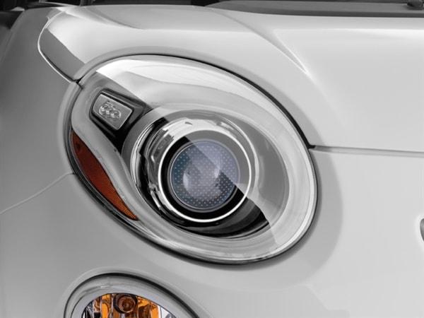 Editors' Page: 2014 Fiat 500L 7