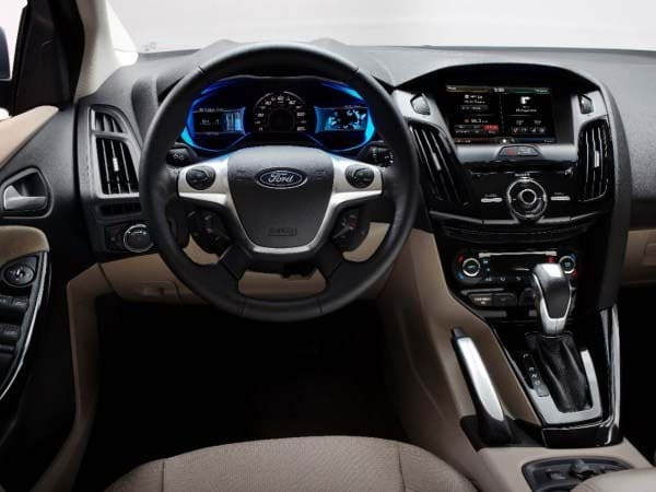 2014 Ford Focus Electric Quick Take: Undercover EV ...