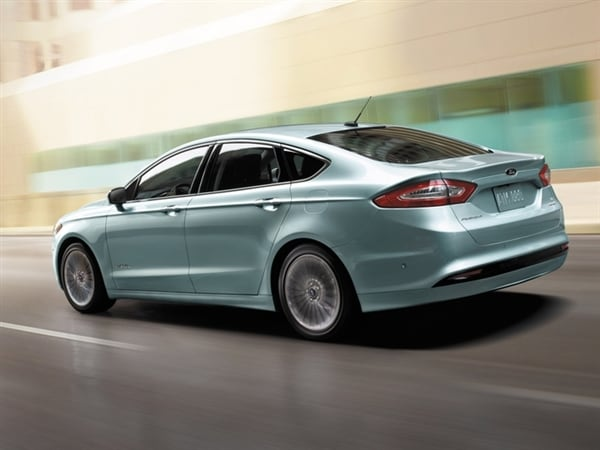 Editors' Page: 2015 Ford Fusion 2