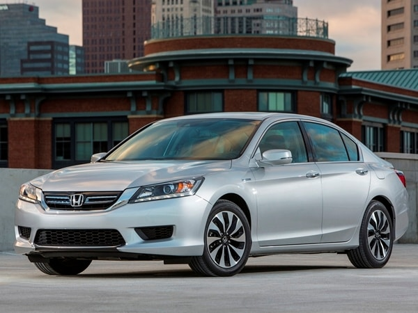 2017 Honda Accord Hybrid First Review Hitting 50 Mpg And Beyond