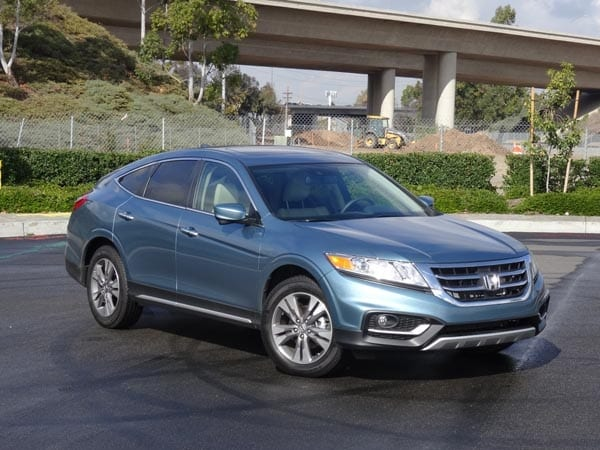 2014 honda crosstour ex l quick take kelley blue book. Black Bedroom Furniture Sets. Home Design Ideas
