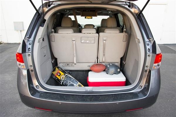 12 Best Family Cars: 2014 Honda Odyssey 7