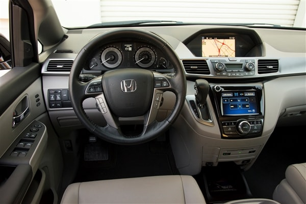 12 Best Family Cars 2014 Honda Odyssey Kelley Blue Book