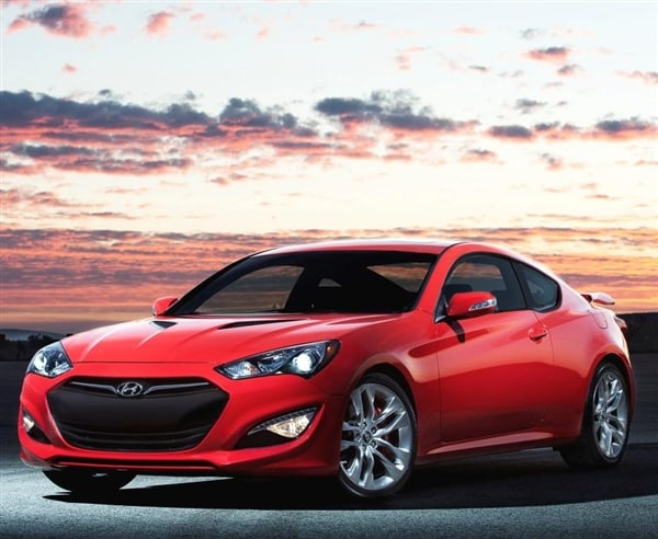 2014 Hyundai Genesis 2.0t Premium >> 2014 Hyundai Genesis Coupe boasts enhanced feature set - Kelley Blue Book