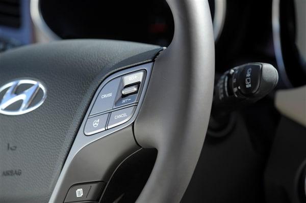 Editors' Page: 2015 Hyundai Santa Fe 4