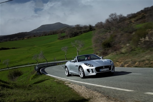 2014 Jaguar F-Type First Review: Driving the Future, Feeling the Past