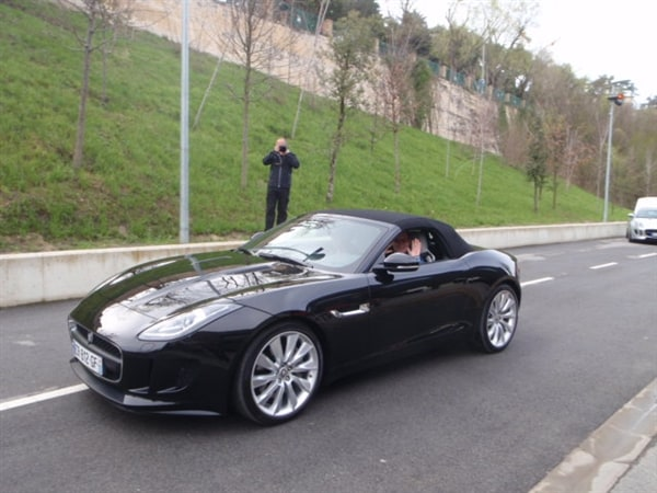 2014 Jaguar F-Type First Review: Driving the Future, Feeling the Past 12