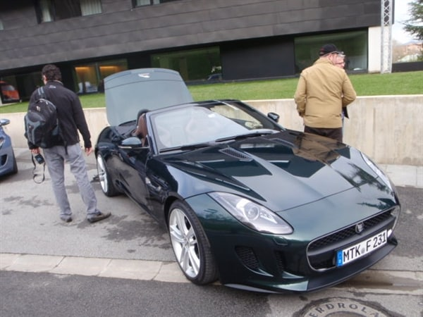2014 Jaguar F-Type First Review: Driving the Future, Feeling the Past 6
