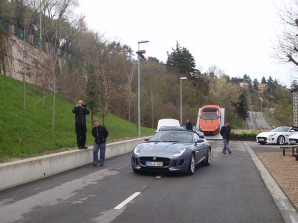 2014 Jaguar F-Type First Review: Driving the Future, Feeling the Past 10