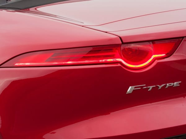Best Questions: 2014 Jaguar F-Type 16