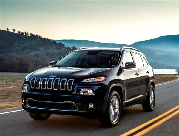 Ready To Reert Its Presence In The Critical Global Suv Segment All New 2017 Jeep Cherokee Will Have A Starting Price Of 23 990 When It Goes On