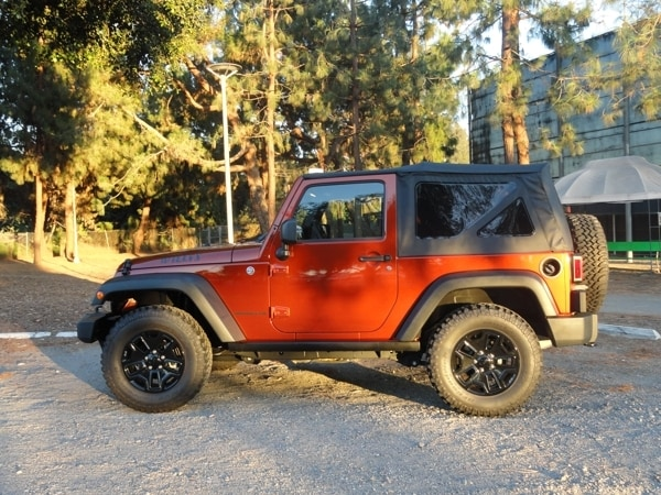 Kelley Blue Book Jeep >> 2014 Jeep Wrangler Willys Wheeler Quick Take - Kelley Blue Book