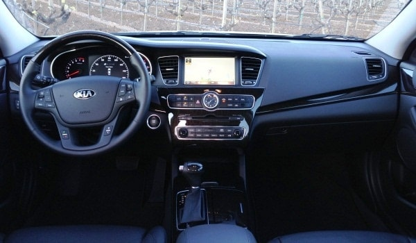 2014 Kia Cadenza First Review: Kia's Biggest Deal Yet 6