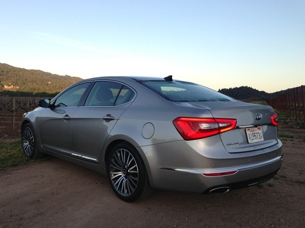2014 Kia Cadenza First Review: Kia's Biggest Deal Yet 3