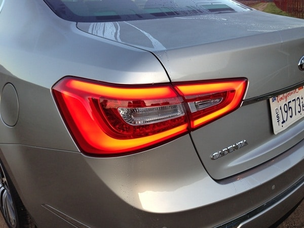 2014 Kia Cadenza First Review: Kia's Biggest Deal Yet 15