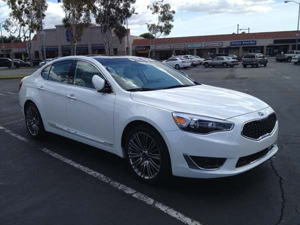 2014 kia cadenza limited quick take kelley blue book. Black Bedroom Furniture Sets. Home Design Ideas