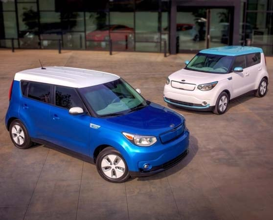 2015 Kia Soul EV makes Windy City debut 13
