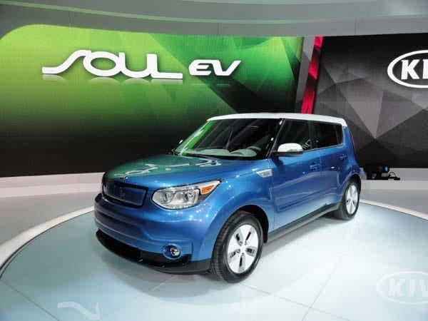 2015 Kia Soul EV makes Windy City debut