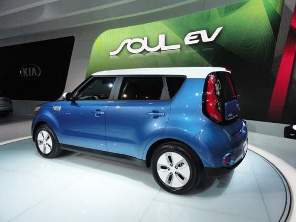 2015 Kia Soul EV makes Windy City debut 2
