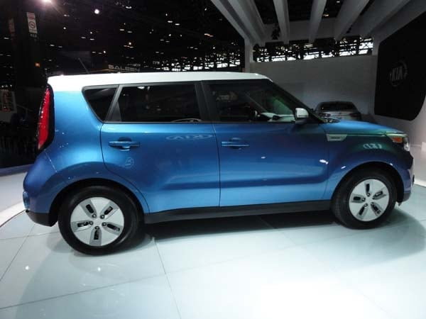 2015 Kia Soul EV makes Windy City debut 3