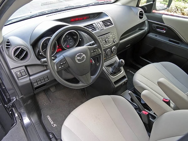 2014 mazda5 sport quick take kelley blue book. Black Bedroom Furniture Sets. Home Design Ideas