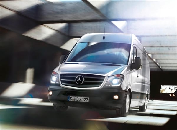 2014 mercedes benz sprinter revealed kelley blue book for Mercedes benz sprinter 2014