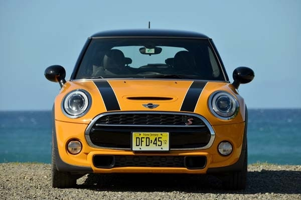2014 Mini Cooper and Cooper S Hardtops First Drive: Still Playful, Strongly German 5