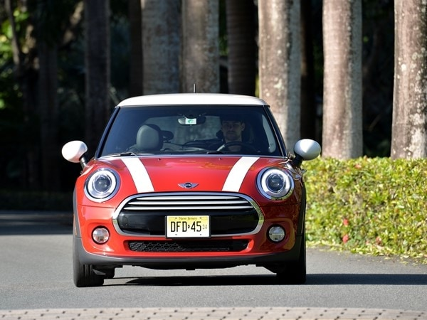 2014 Mini Cooper and Cooper S Hardtops First Drive: Still Playful, Strongly German 20