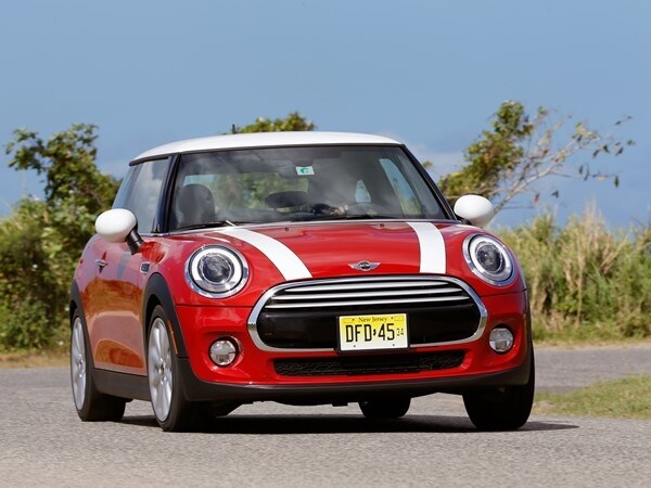 2014 Mini Cooper and Cooper S Hardtops First Drive: Still Playful, Strongly German 17