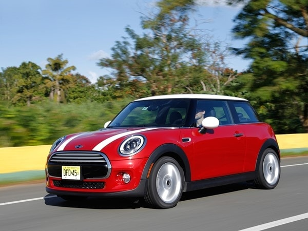 2014 Mini Cooper and Cooper S Hardtops First Drive: Still Playful, Strongly German 19