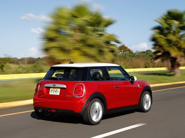 2014 Mini Cooper and Cooper S Hardtops First Drive: Still Playful, Strongly German 18