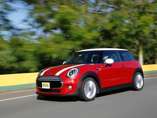 2014 Mini Cooper and Cooper S Hardtops First Drive: Still Playful, Strongly German 16