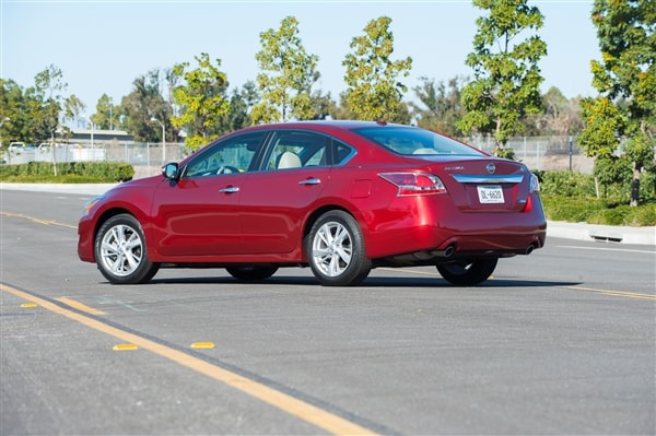 12 Best Family Cars: 2014 Nissan Altima 1