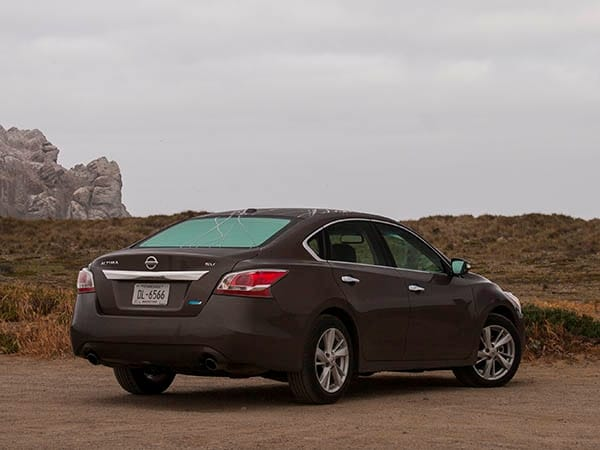 2014 nissan altima 2 5 sv solid alternative to the mainstream kelley blue book. Black Bedroom Furniture Sets. Home Design Ideas