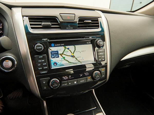 nissan altima 2014 interior. 2014 nissan altima 25 sv u003eu003e 2 5 solid alternative to interior
