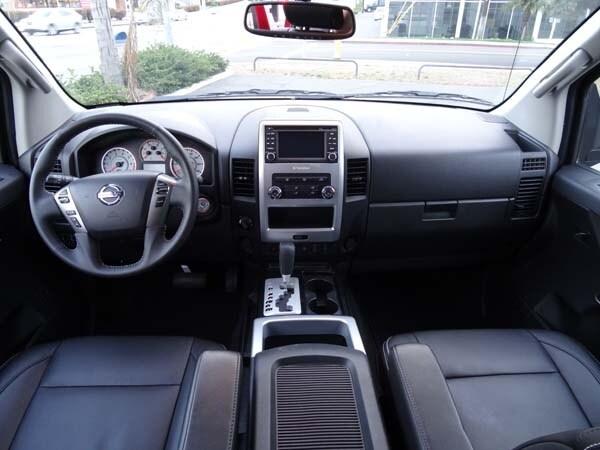 Editors' Page: 2014 Nissan Titan 11