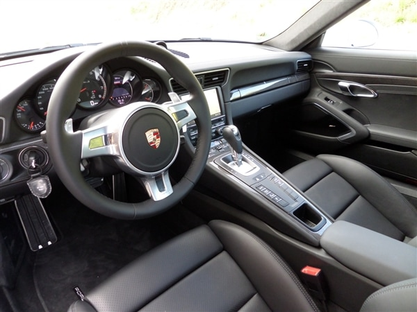 2014 Porsche 911 Turbo and Turbo S First Review: User-friendly Brilliance 11
