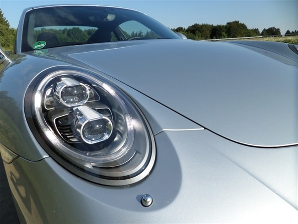 2014 Porsche 911 Turbo and Turbo S First Review: User-friendly Brilliance 6