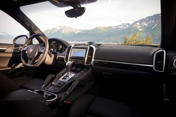 2014 Porsche Cayenne Diesel Quick Take Torque Flight  Kelley