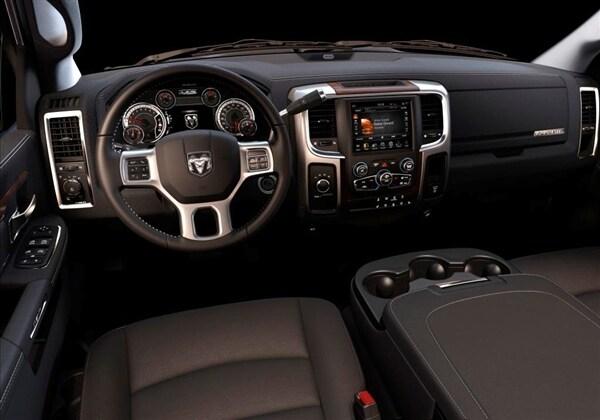 2017 Ram 2500 3500 Hd Pickups Get New 6 4 Liter Hemi V8 Option Kelley Blue Book